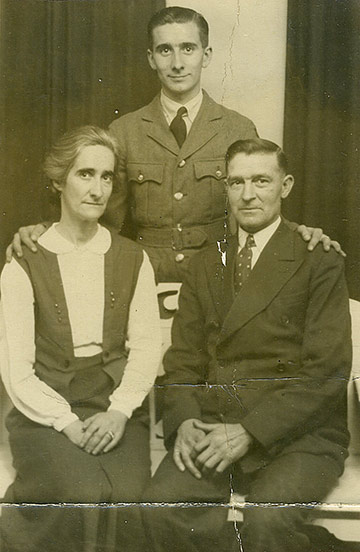 Ron with his parents, Jessie and Albo circa 1942.